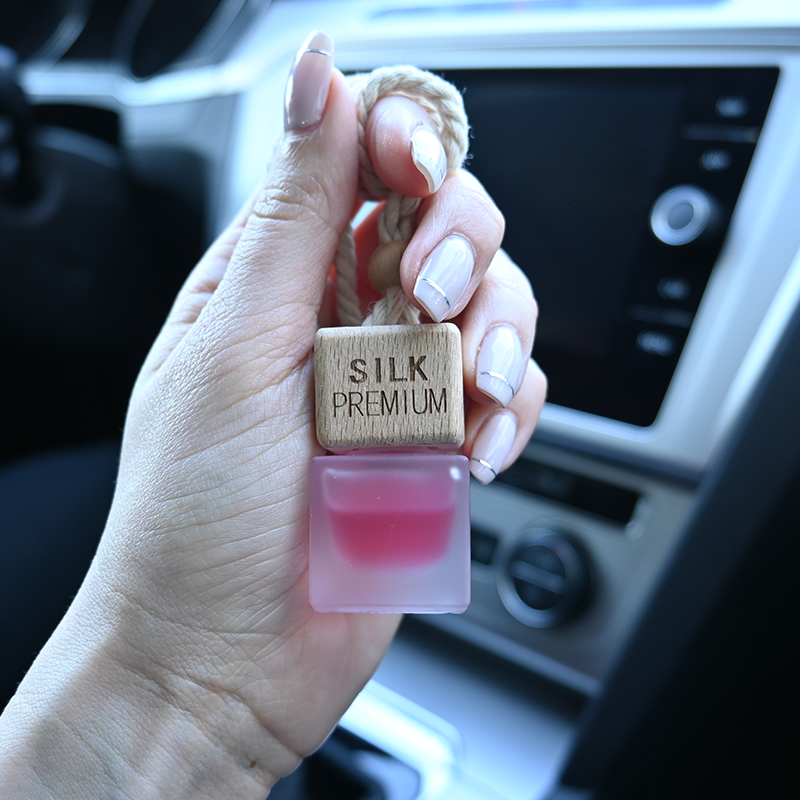 Silk Premium Autóparfüm Nőknek - Inspired by Coco Chanel Mademoiselle